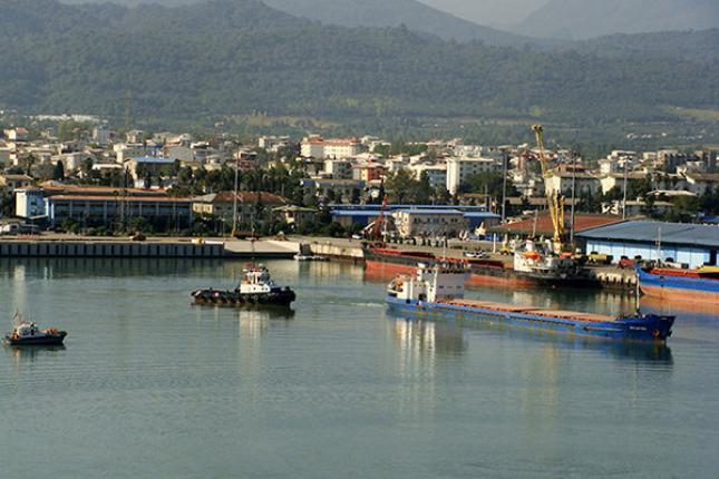 لزوم استفاده از ظرفیت بخش خصوصی برای توسعه گردشگری دریایی در بندر نوشهر